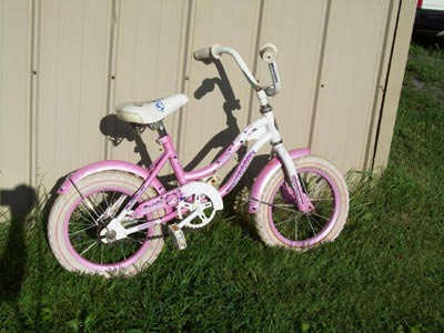 Girl's bike with 14in wheels